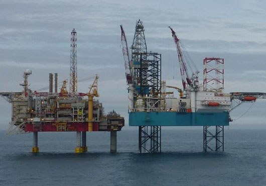 Pioneering Spirit' reaches Norway. Set to remove Yme platform - Offshore  Energy