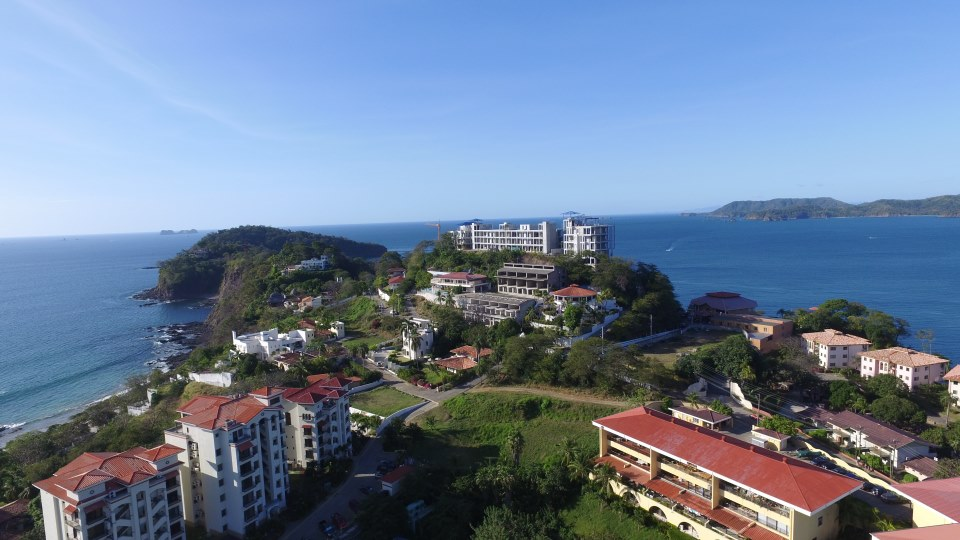 Aerial view of Flamingo and 360 Splendor del Pacifico Residences