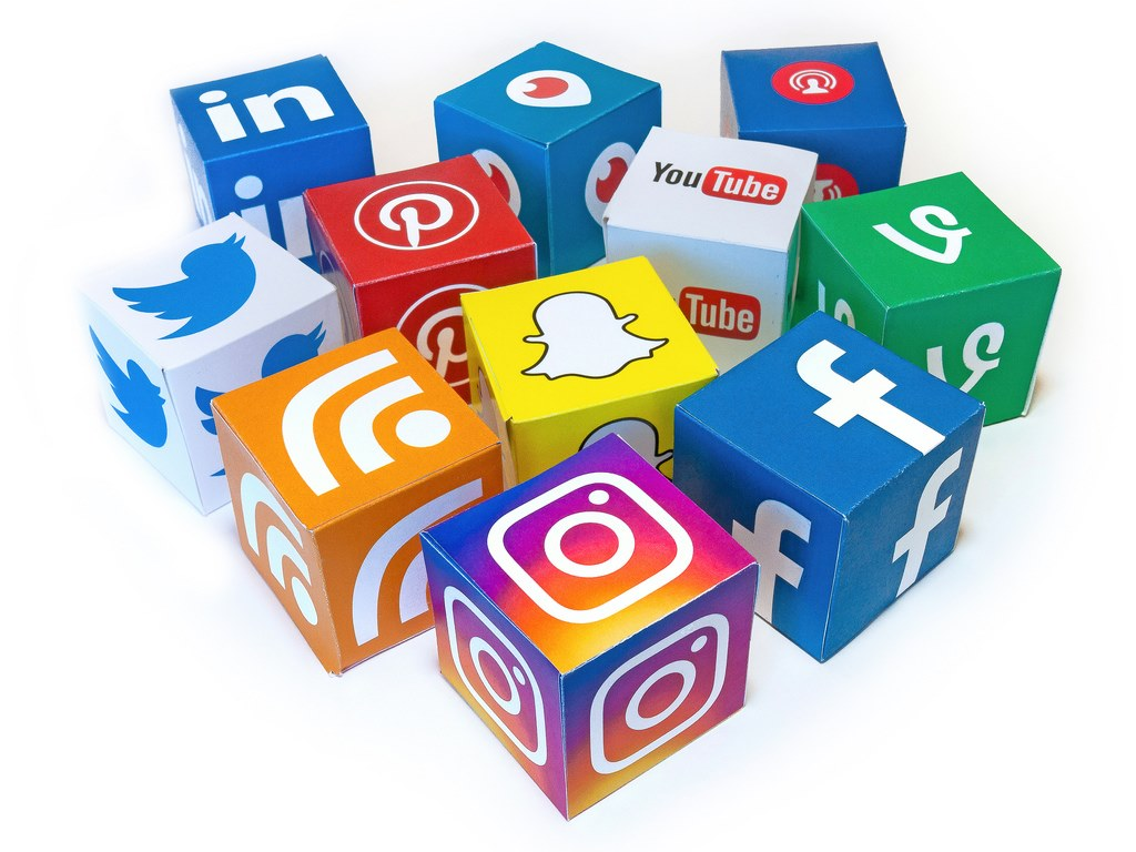 Social Media Mix 3D Icons - Mix #1 | All content posted in ...