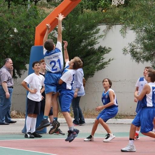 Καλές εμφανίσεις η ομάδα Μπάσκετ του Δημοτικού.  de7931e4c12